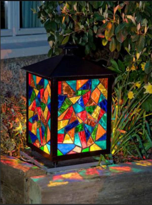 diy lanterne de jardin décorée de verre pour vitrail