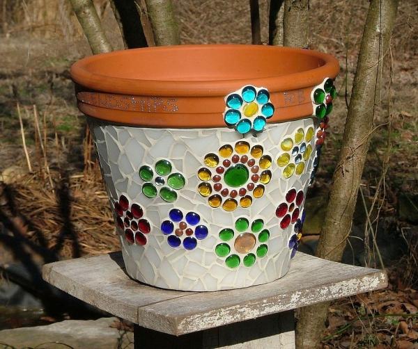 diy pot en terre cuit décoré de verre pour vitrail