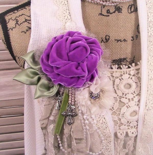 fabriquer un pot de fleurs noeuds et ornements
