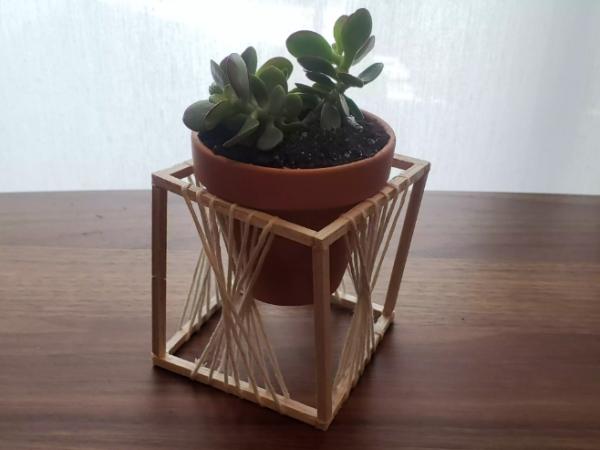 fabriquer un pot de fleurs pot avec succulents
