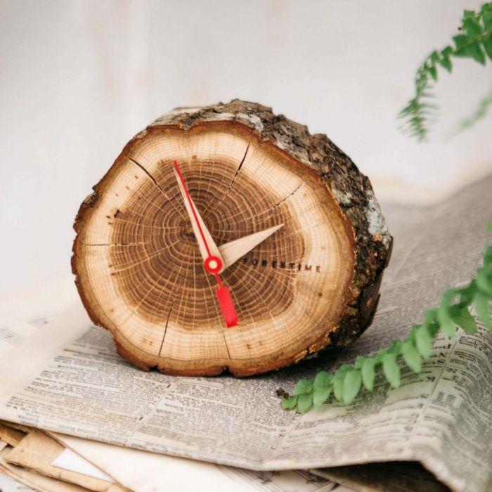 horloge diy rondin de bois déco idées inspirantes pour créer une ambiance unique