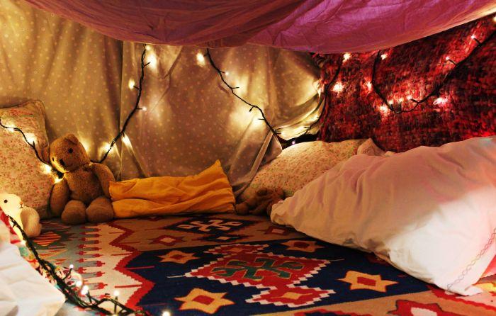 idée inspirante diy cabane intérieur enfant