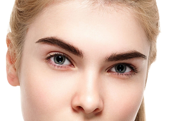 laminage sourcils forme plate