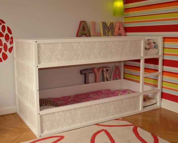 lit enfant mezzanine revêtement en papier peint
