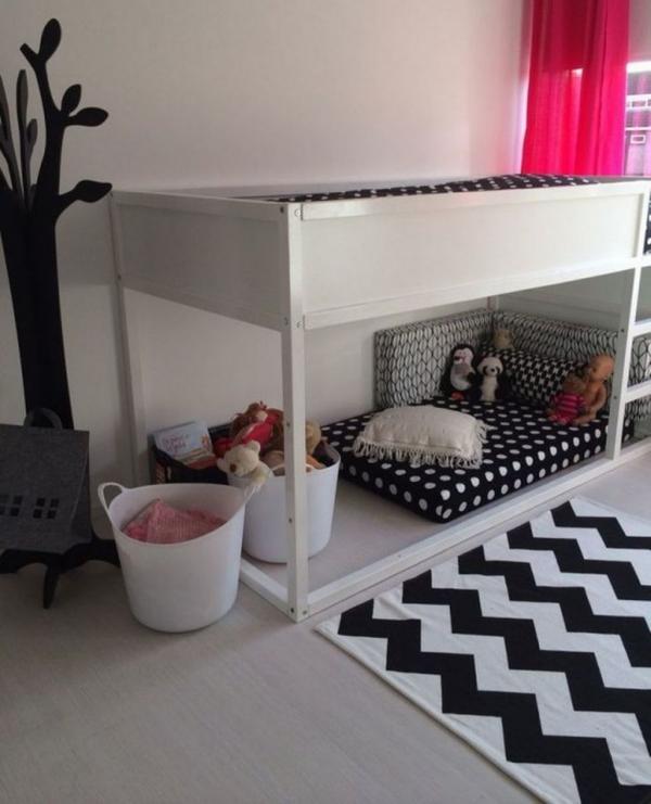 lit enfant mezzanine tapis à chevrons