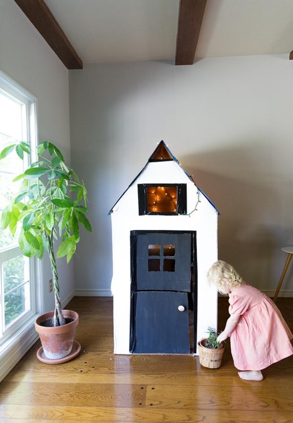 occuper les enfants construire une cabane