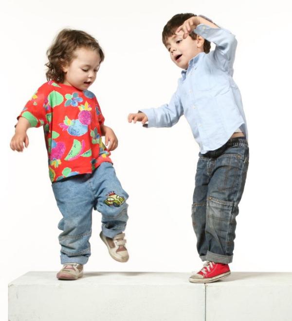 occuper les enfants organiser une soirée dansante