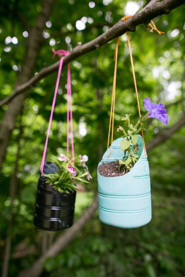 pot de fleurs à suspendre idée recyclage bouteille plastique