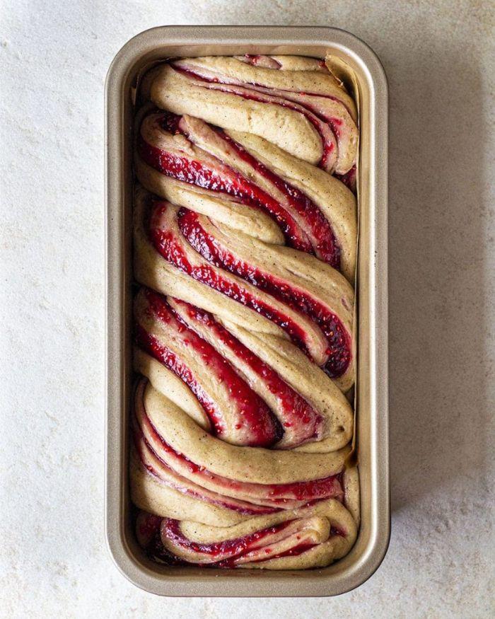recette babka à la confiture framboises