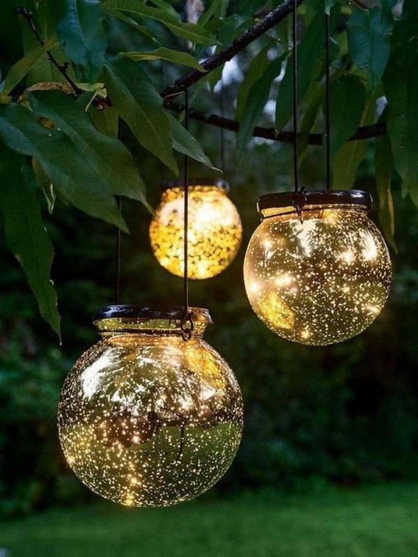 éclairage de jardin DIY des boules en verre