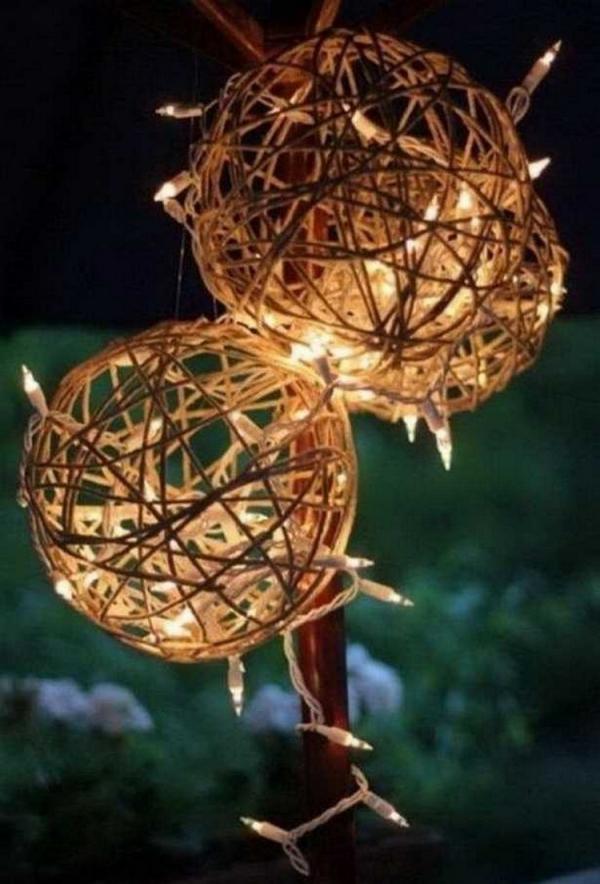éclairage de jardin DIY fabriquer des boules de ficelle