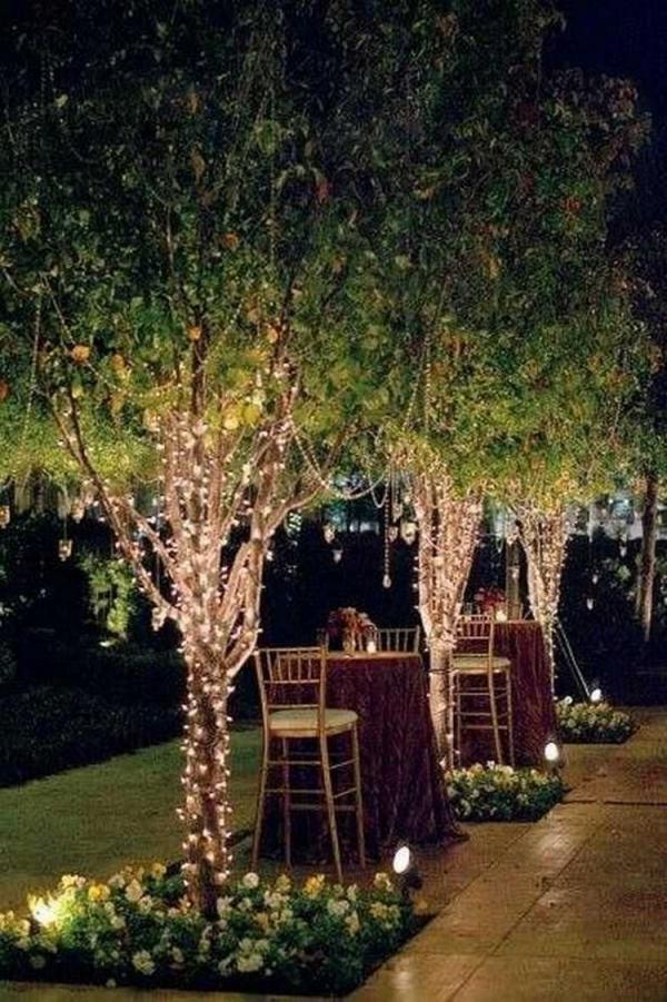 éclairage de jardin DIY lumières et fleurs
