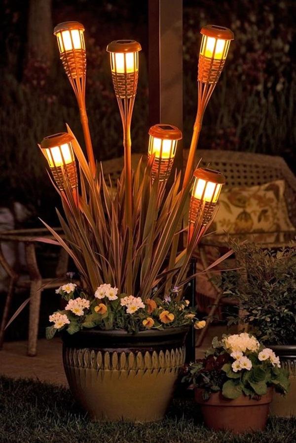 éclairage de jardin DIY piquer dans des pots