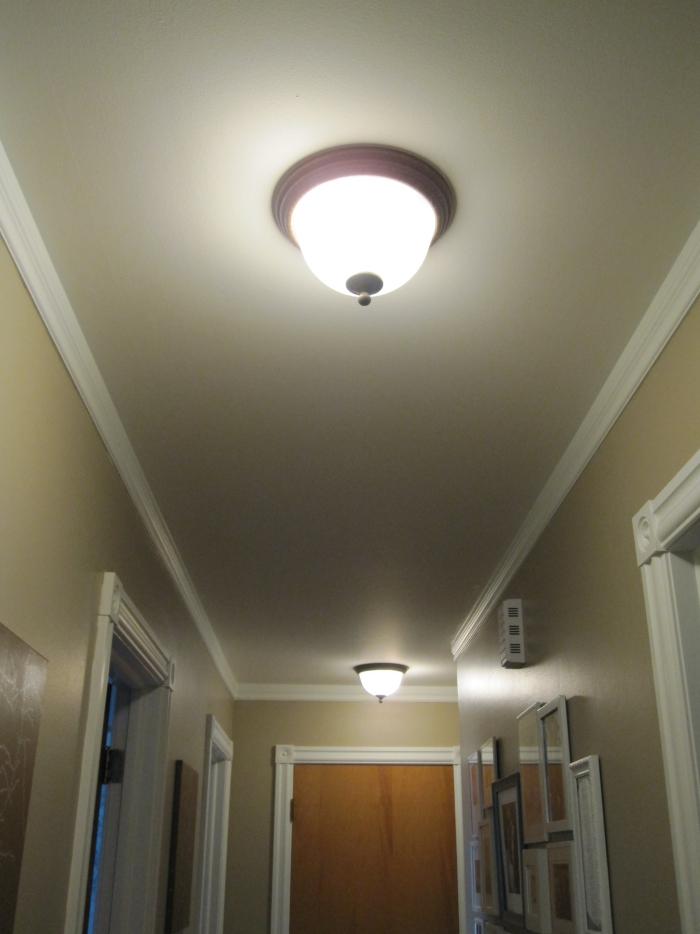 éclairage entrée et couloir intérieur simple