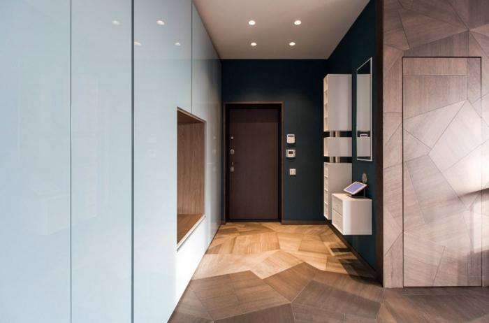 éclairage entrée et couloir plancher et mur aux figures géométriques