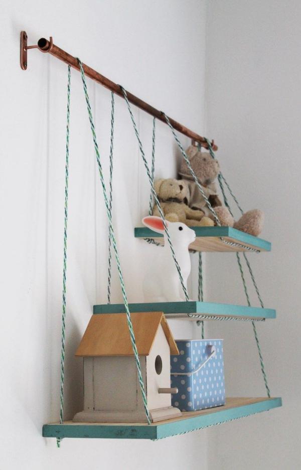 étagère murale décorative cintre sur crochets