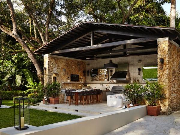 aménager un coin barbecue une cuisine extérieure en pierre