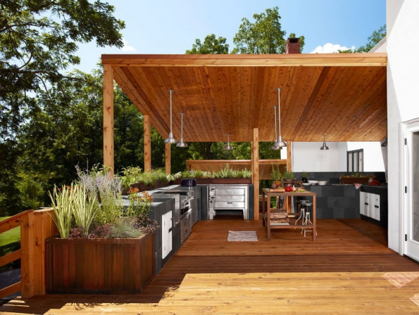 aménager un coin barbecue une terrasse spacieuse