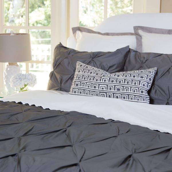 chambre linge de lit gris anthracite