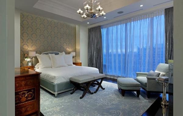 chambre luxueuse rideaux gris anthracite