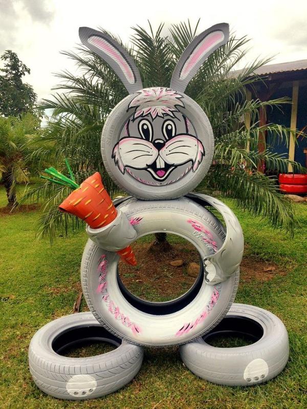 déco pneu recyclé grande carotte