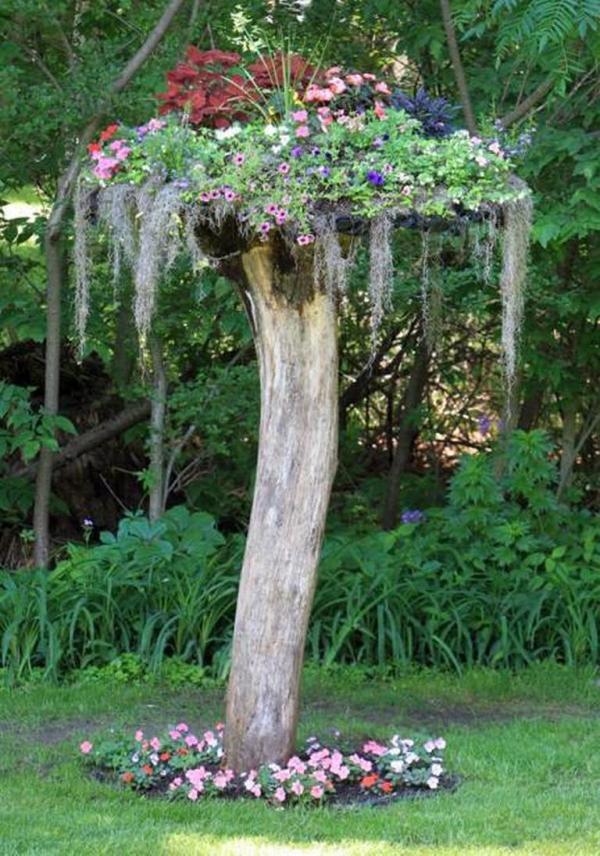 déco tronc d'arbre champignon énorme