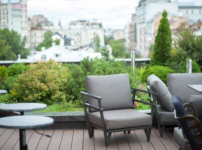 décoration terrasse extérieure moderne espace de verdure