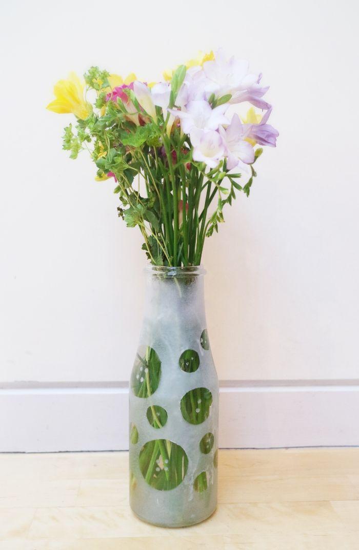 diy bouteille décorée vase gravure chimique sur verre
