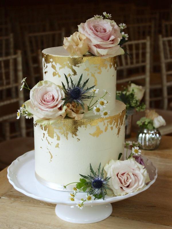 diy déco gâteau de mariage feuille d'or
