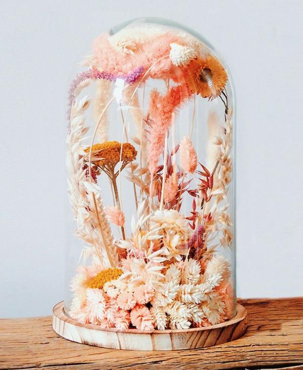 diy fleurs séchées sous cloche couleurs blanc rose rouge