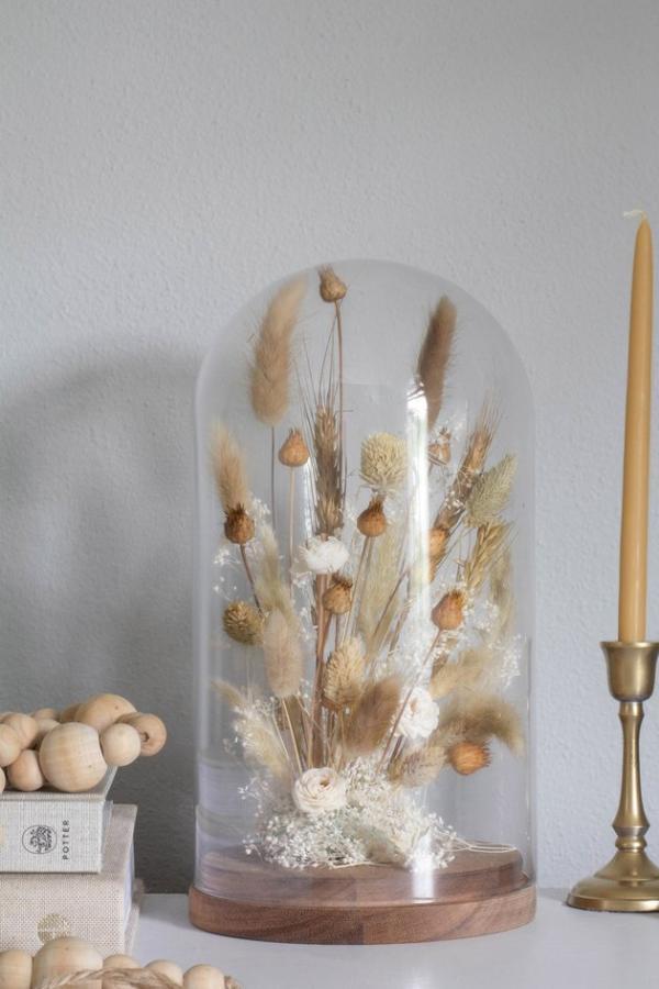 diy fleurs séchées sous cloche couleurs neutres