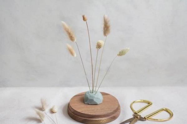 diy fleurs séchées sous cloche régler la hauteur