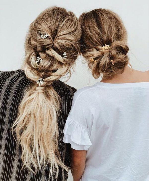 fleurs dans les cheveux coiffure bohème