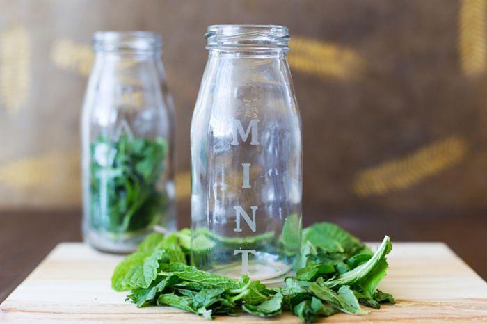 gravure chimique sur verre bocal personnalisé