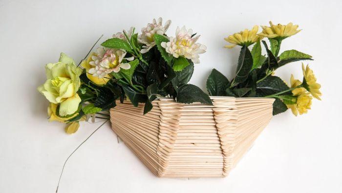 idée inspirante pot de fleur diy bâton de glace en bois