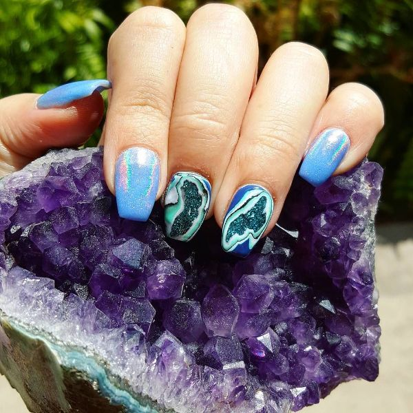 inspiration géode nails manucure 2020