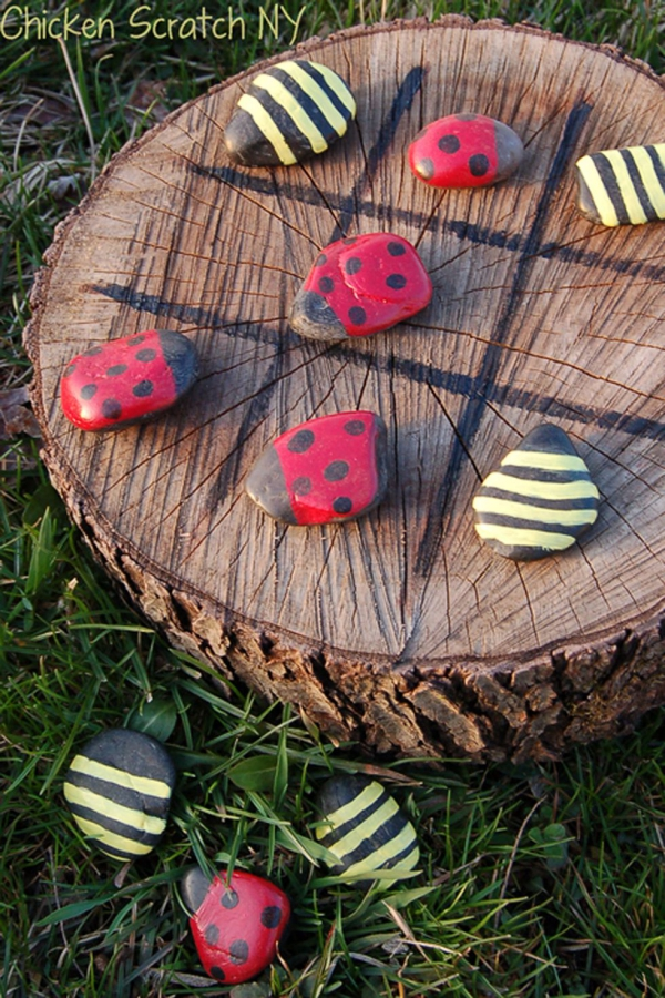 jeux amusants lady Bug et Bumble Bee Tic-Tac-Toe