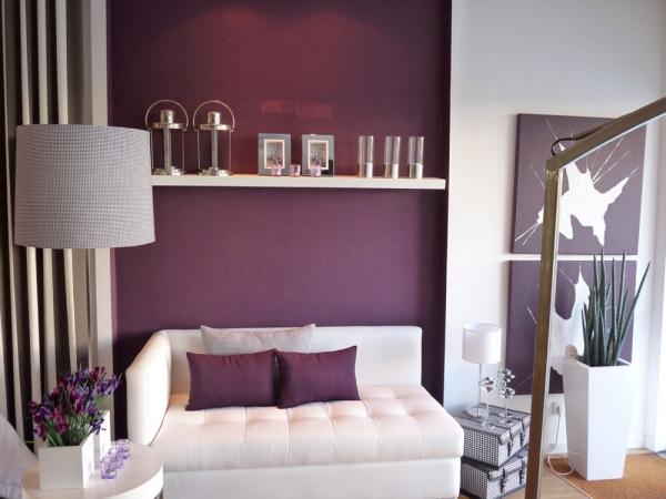 la couleur lavande en mélangeant le violet et le blanc