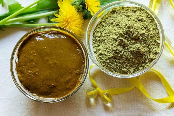 mélange henné et poudre coloration henné cheveux