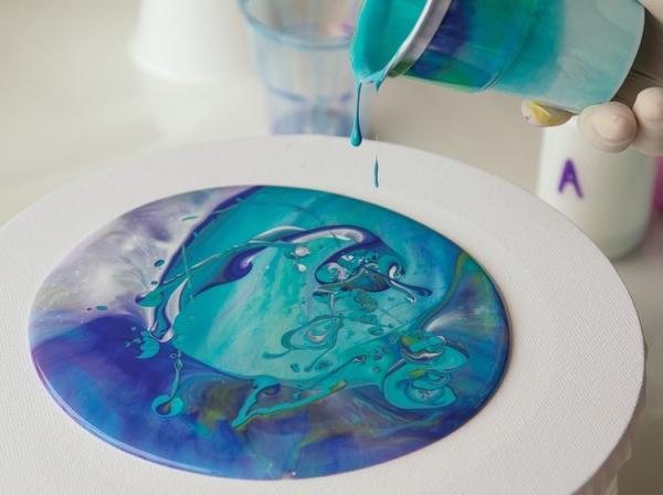 peinture acrylique pouring effet magnifique