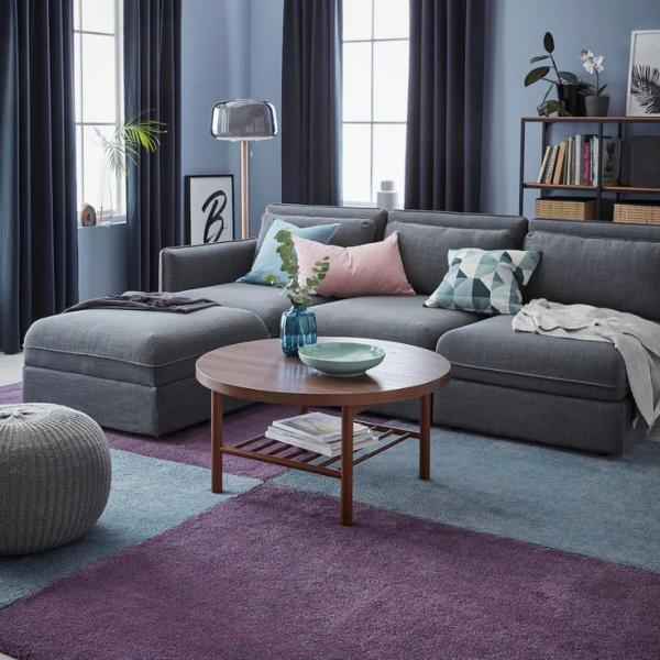 salon confortable rideaux gris anthracite