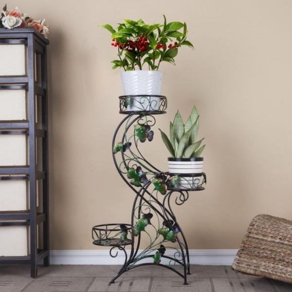 stand de fleurs à l'intérieur motifs botaniques