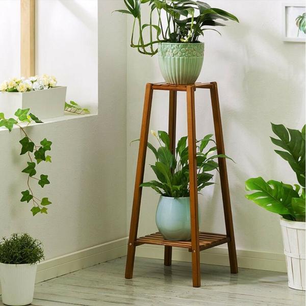 stand de fleurs à l'intérieur support classique