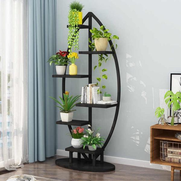 stand de fleurs à l'intérieur support et étagère à la fois