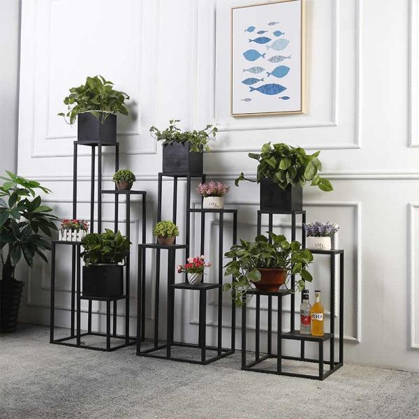 stand de fleurs à l'intérieur un design minimaliste