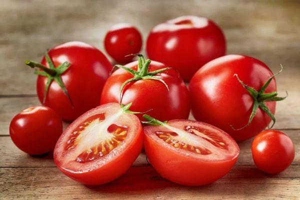 alimentation pour bronzer sans soleil consommer des tomates