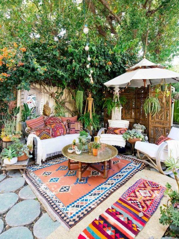 aménagement cou idée salon de jardin bohème