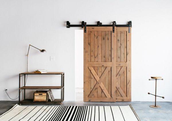aménagement salon porte de grange coulissante