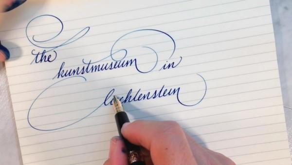 belle écriture à la main lettres égales