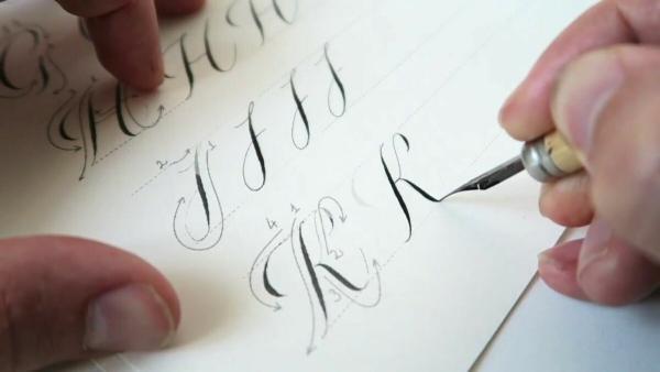belle écriture à la main respecter les lignes